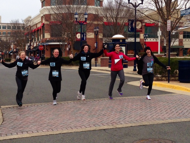 Molly Hagen, Katherine Sear, Annie Pavia,either Vanessa Fontana or Christine Smith and Nadine Matar approach the finish line for the Run Rogue 5k. Photo: Jamie Corey