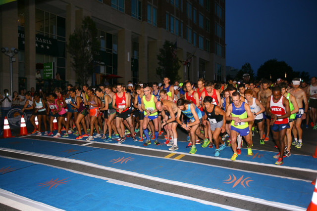 The Rockville Rotary Twilighter starting line. Photo: Dan Reichmann