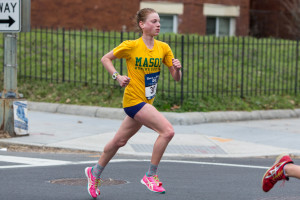 Bethany Sachtleben on her way to the Rock 'n' Roll D.C. Half Marathon title. Photo: Dustin Whitlow/DWhit Photography
